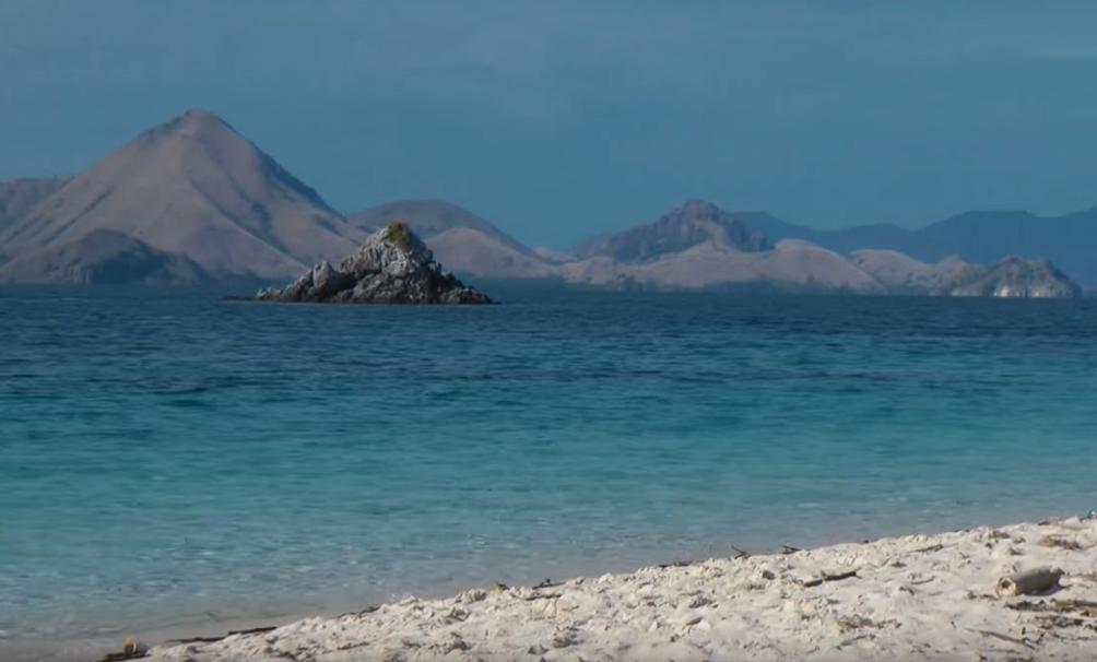 Bidadari Island at Flores