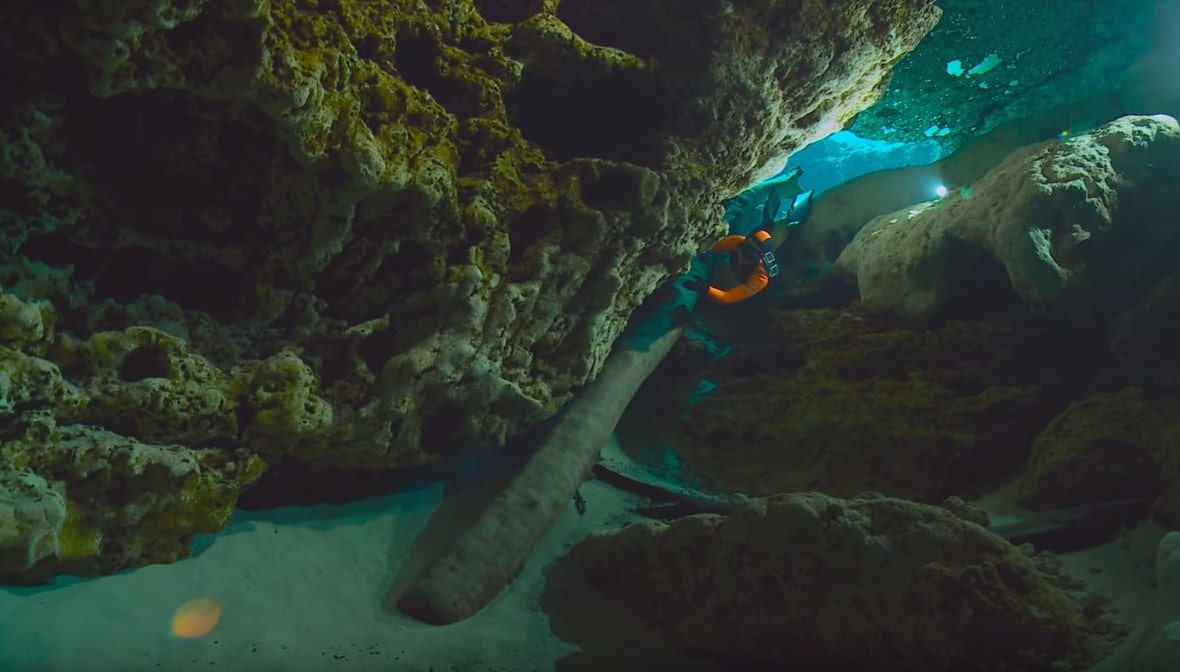 cave diving equipment,underwater cave diving,cave tours in florida,devil's cave florida,