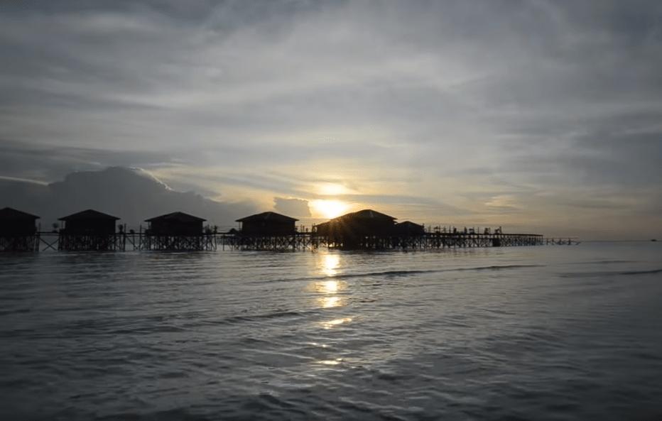 derawan resort of indonesia diving season-min