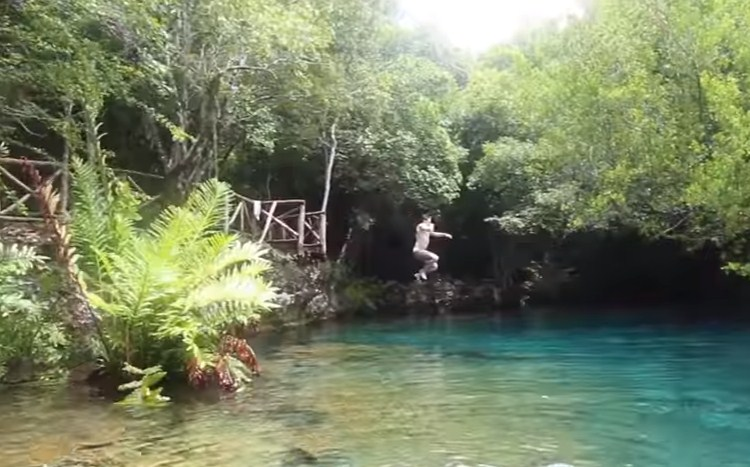 Blue Hole jump fresh water